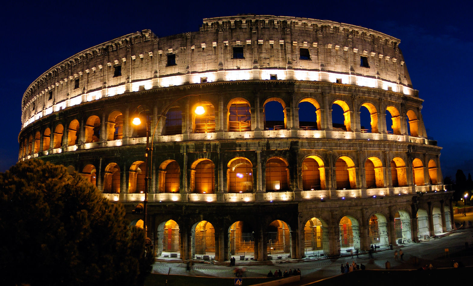 Rome, Italy's Colosseum at night