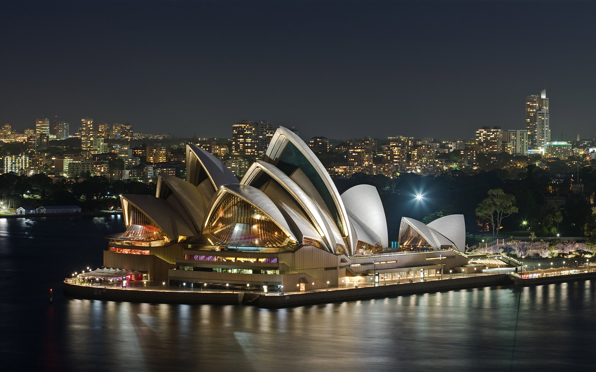 Sidney-Opera-by-Night