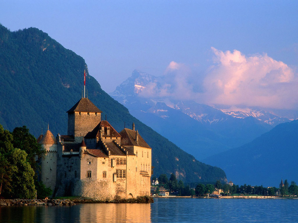 chateau_de_chillon_castle_montreux_switzerland